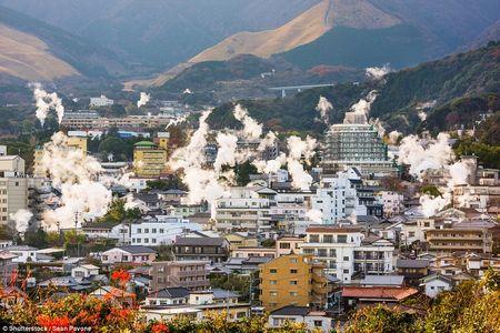 Ласкаво просимо в пекло: японське місто беппу, який стоїть на вулкані