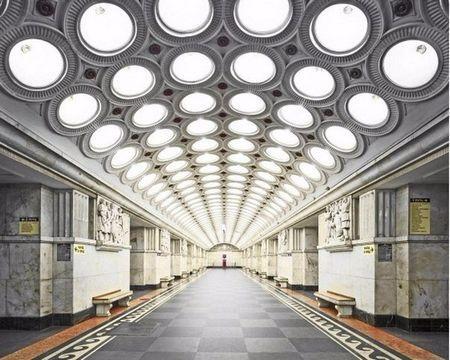 Краса московського метрополітену в об`єктиві відомого фотографа девіда будерні