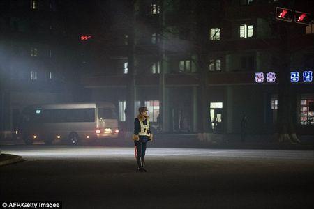 У північнокорейську дорожню поліцію вибирають тільки красивих дівчат